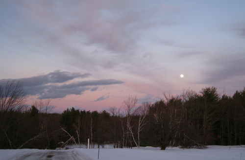 Full snow moonrise